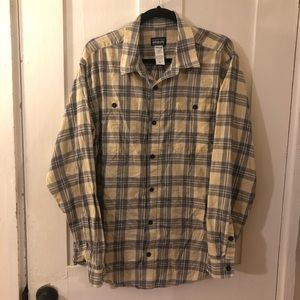Patagonia Men's organic cotton flannel